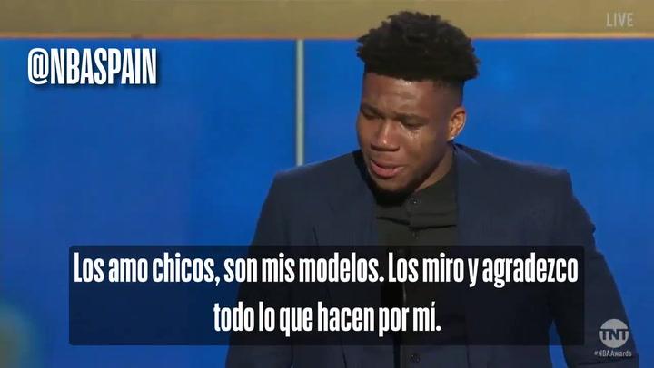 El emocionado discurso de Antetokoumpo, entre lágrimas, tras ser proclamado MVP de la NBA