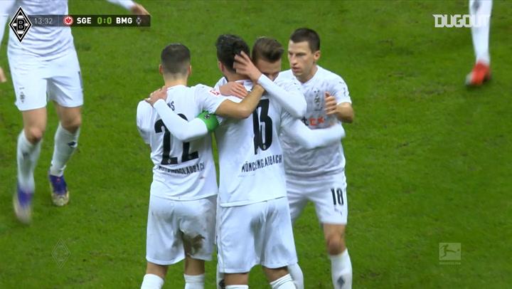 Stindl's hat-trick in incredible Gladbach comeback vs Frankfurt