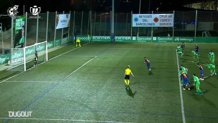 Ramón Juan becomes first keeper to save two penalties against Barcelona in the same game