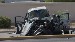 One dead after multivehicle crash in northwest Las Vegas – Video