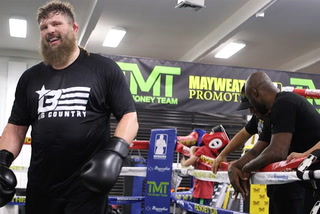 Roy Nelson reveals which fighter he wants to battle most in the Bellator MMA Heavyweight Grand Prix