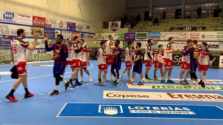 El Barça celebra su victoria ante el Viveros Herol BM Nava