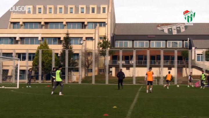 Bursaspor Keçiörengücü Maçı Hazırlıklarına Başladı