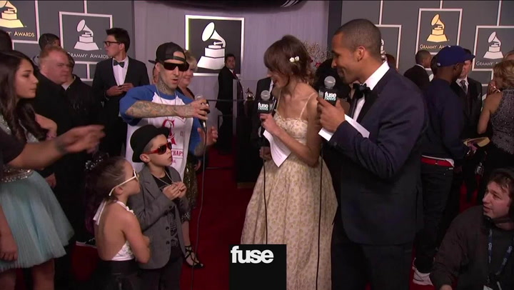 Interviews: Grammys: Travis Barker Hits the Red Carpet with His Crew (And They're Adorable!)