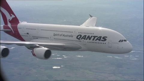 Qantas obligará a sus pasajeros a vacunarse contra el covid-19