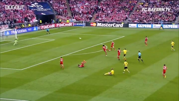 Las mejores paradas de Manuel Neuer en la Champions League