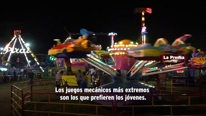 Asi Disfrutan Los Sampedranos En Los Juegos Mecanicos Diario La Prensa