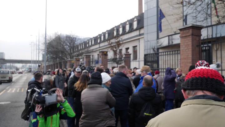 Varju Lászlót rabosították az ügyészségen
