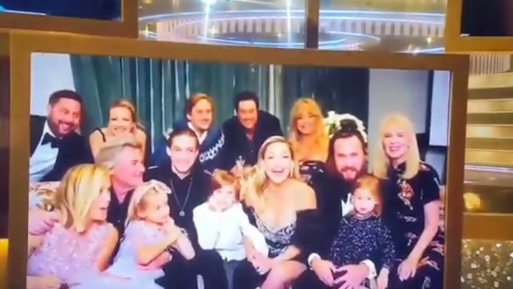 Kate Hudson supported by her whole family at Golden Globes