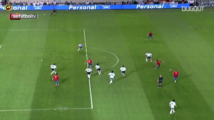 Melhores momentos de Xavi pela seleção da Espanha