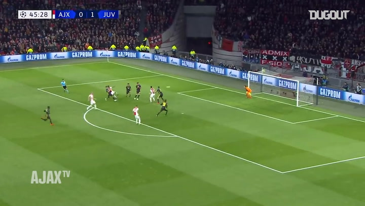 David Neres adds the leveller against Juventus