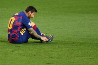Koulibaly y la brutal patada involuntaria a Lionel Messi que lo dejó con mucho dolor