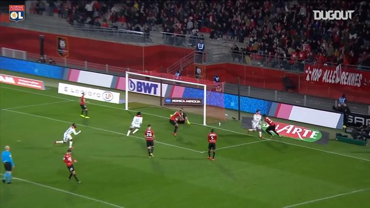Martin Terrier expertly finishes OL team goal vs Stade Rennais