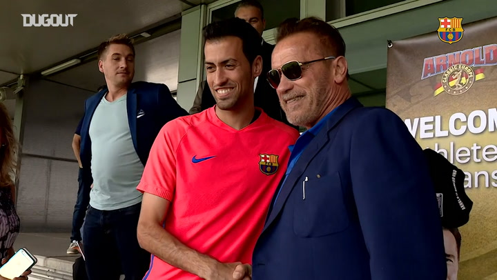 The day Schwarzenegger visited Barça players