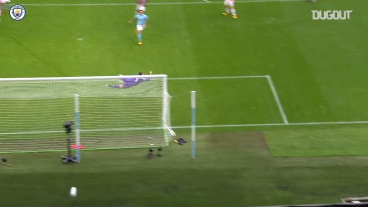 Incredible Goals: Fernandinho Vs Stoke