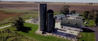 Danielle + Andrew | Yorkville, Illinois | Ashley Farms