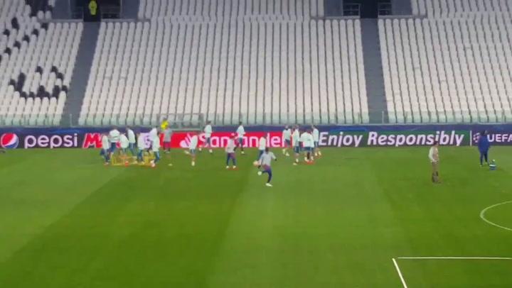 Simeone y sus toques, talismán en la previa de Champions