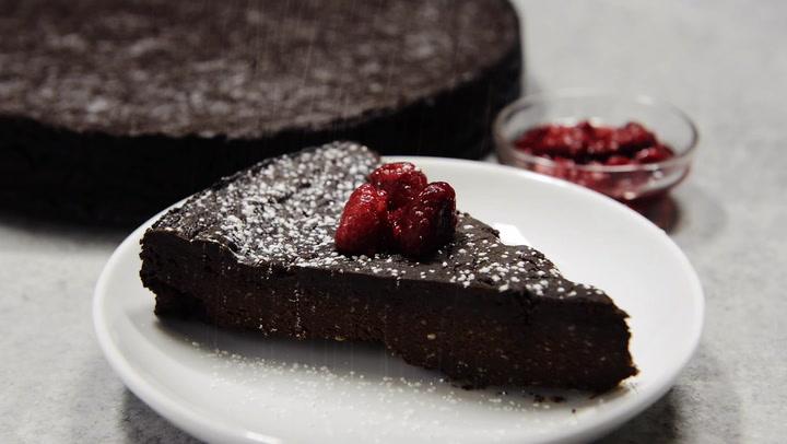 Vegan Flourless Chocolate Cake Recipe