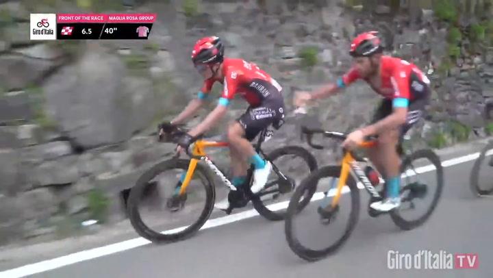 El detallazo de Caruso con Pello Bilbao en el Giro