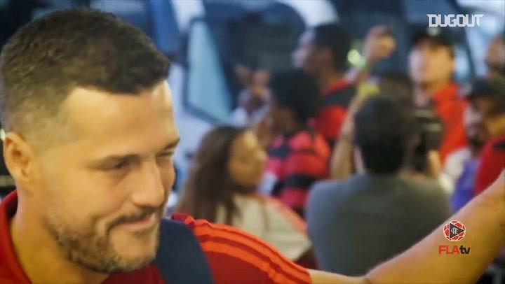 Julio César's Flamengo farewell