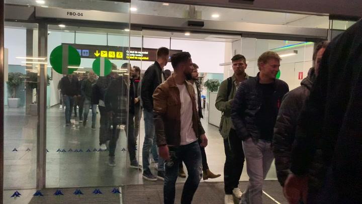 Así ha sido la llegada de los jugadores del Ajax a Barcelona
