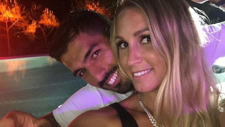 Suárez y su mujer despiden la temporada de playa con un último atardecer