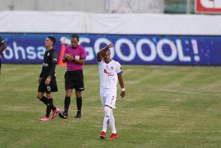 ¡Olimpia está aplastando a un Honduras Progreso sin alma en el estadio Nacional!