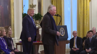 Trump reconoce al legendario actor Voight, uno de sus pocos seguidores en Hollywood