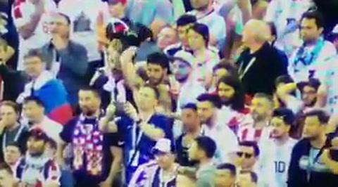Un nuevo video muestra los golpes de un hincha argentino a un croata