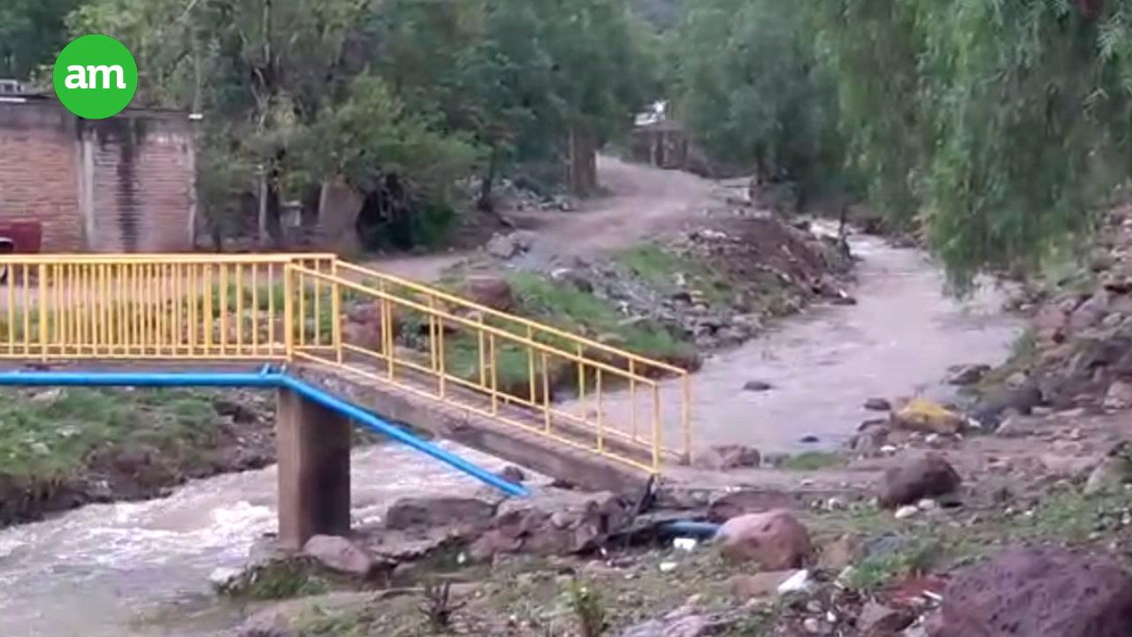 Video: Crece arroyo tras las lluvias e impide el paso a vehículos