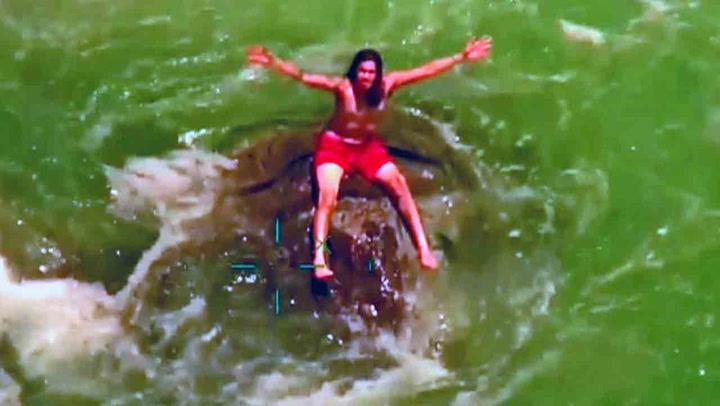 Idyllisk svømmetur tok høydramatisk vending