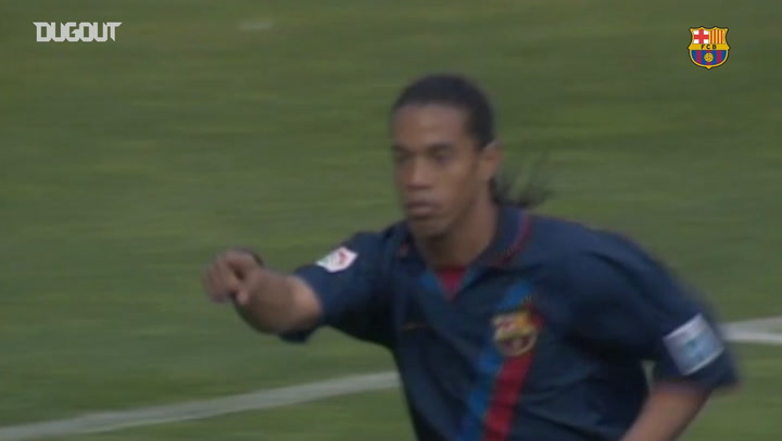 Ronaldinho's great volley against Valladolid
