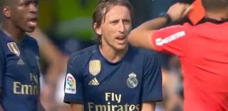 Así fue la falta de Modric que provocó su primera expulsión en su carrera
