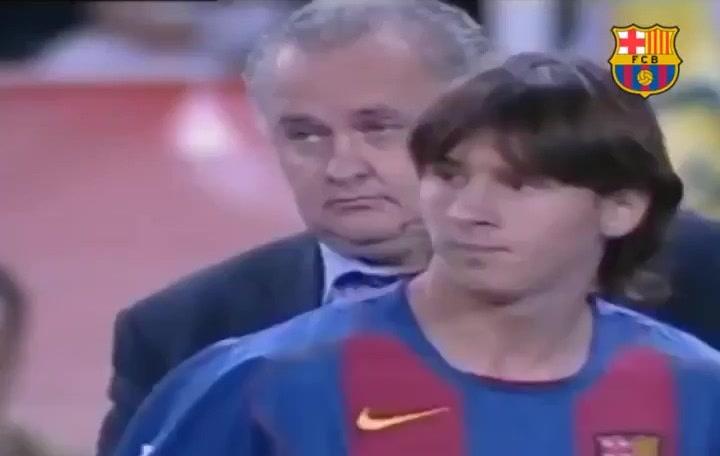Messi cumple 15 años vistiendo la camiseta azulgrana