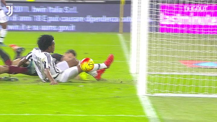 Juan Cuadrado's last-gasp winner vs Torino