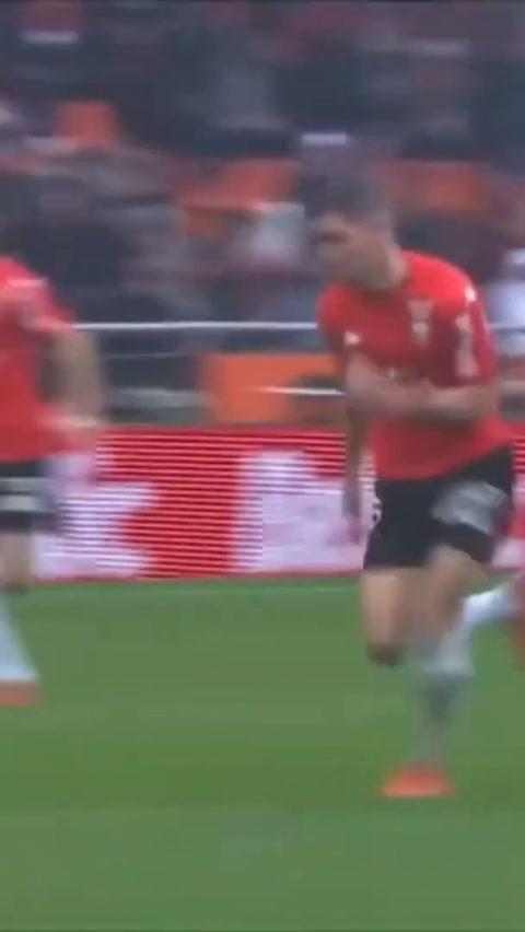 Alberth Elis se estrenó con gol en la liga de Francia