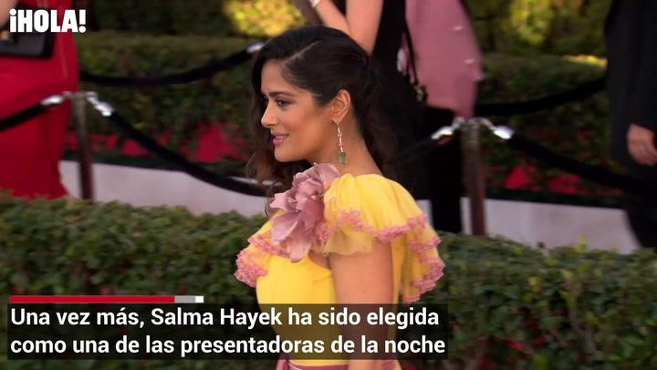 Salma ya salió camino a Los Ángeles para asistir a los Oscares
