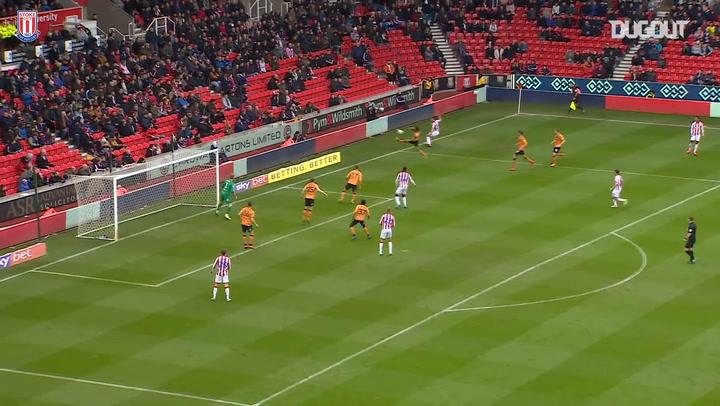 Stoke hammer Hull 5-1
