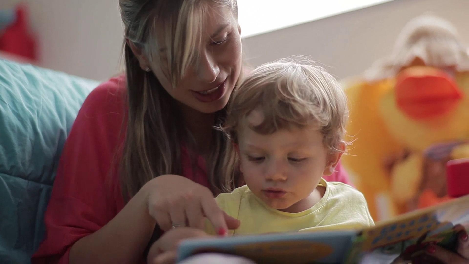 Leer con tu pequeñín