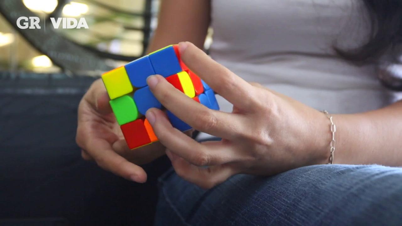 Campeona de cubo rubik