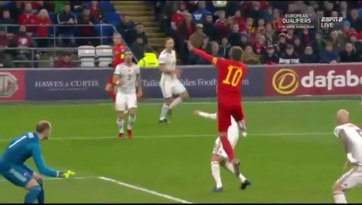 Ramsey y Bale meten a Gales en la Eurocopa