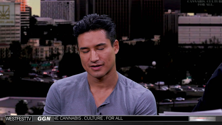 "Mario Lopez Goes Inside the Smoker's Studio on ""GGN"""