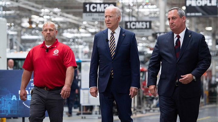 Watch as Biden delivers remarks on economy in Pennsylvania