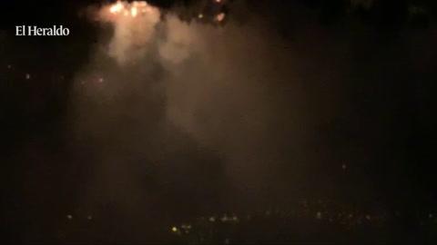 Cinco familias evacuadas por incendio en El Carpintero y El Hatillo