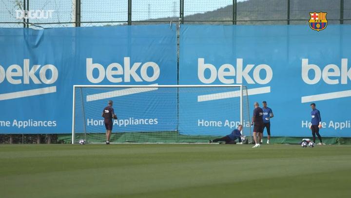 El Barça vuelve a entrenar para preparar el duelo ante el Nápoles