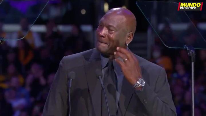 Un emocionadísimo Jordan en el funeral de Kobe Bryant: