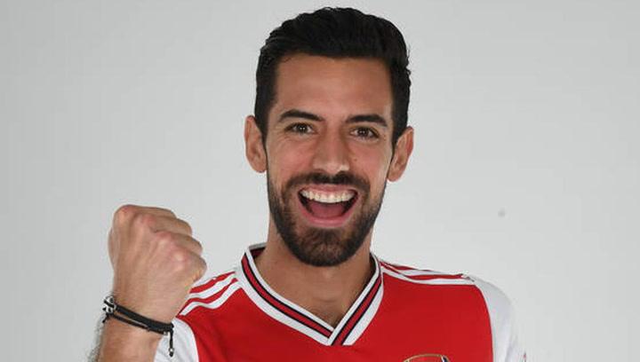 El Arsenal anuncia al central valenciano Pablo Marí