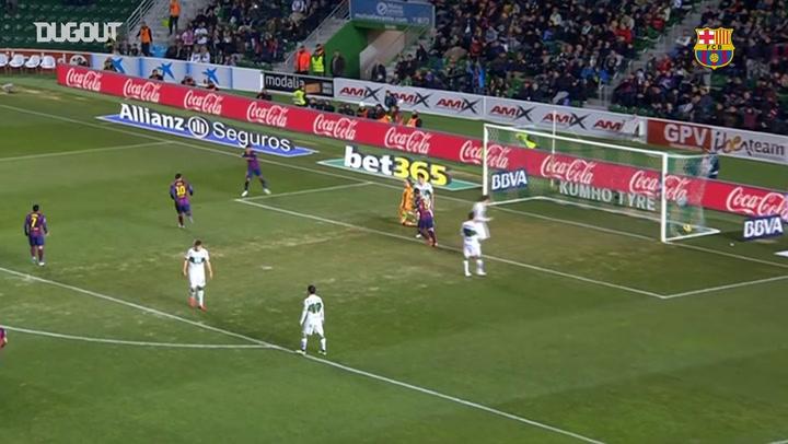 Golaço de primeira de Neymar contra o Elche na LaLiga