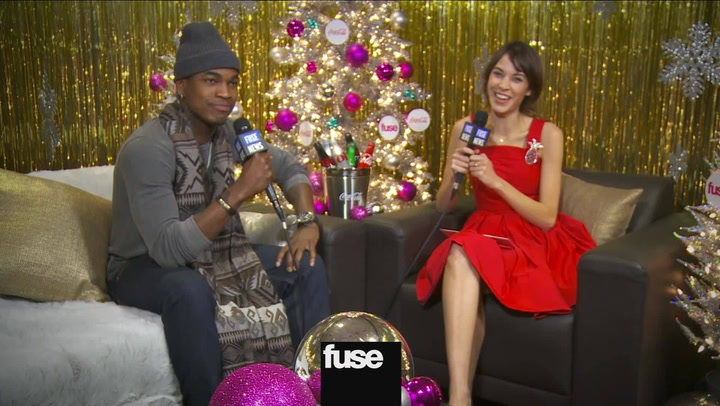 Does Ne-Yo Prefer One Direction or The Wanted? Backstage at Z100's Jingle Ball