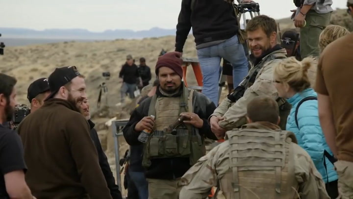 '12 Strong' Cast Discuss Their Military Training and The Film's Unique Challenges